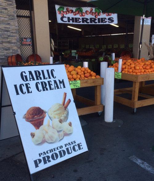 garlic ice cream sign